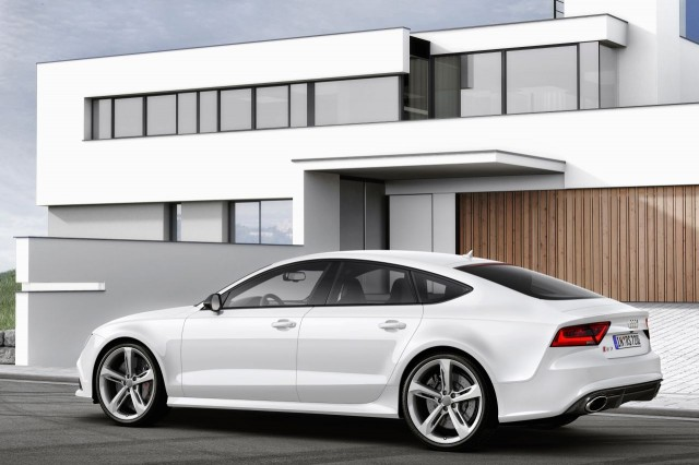 Audi-RS7-Sportback-08