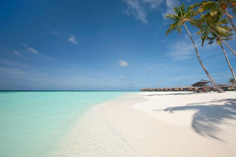 Constance-Halaveli-Maldives-Resort-04-800x533