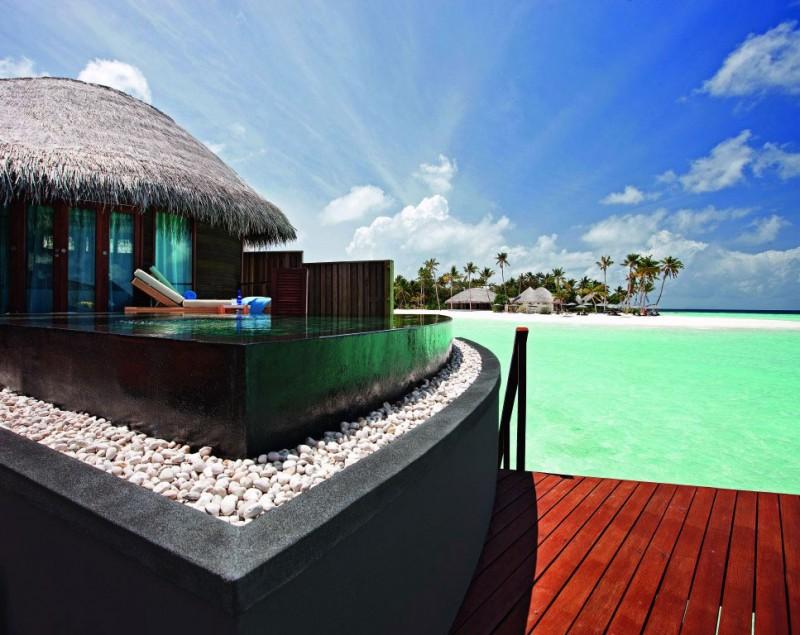 Constance-Halaveli-Maldives-Resort-12-800x635