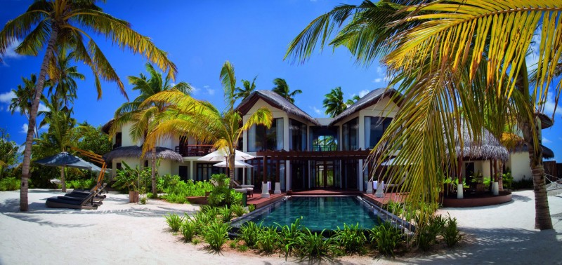 Constance-Halaveli-Maldives-Resort-13-800x378