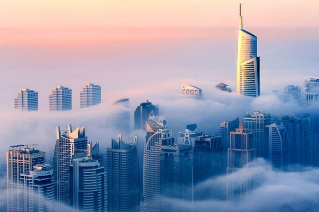 a-blaze-with-light-dubai-in-fog-sebastian-opitz-9