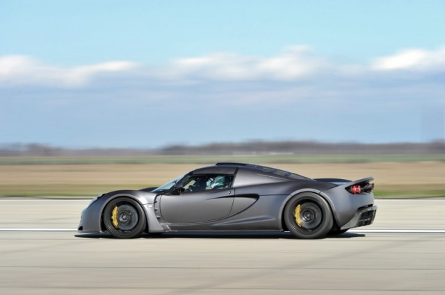 hennessey-venom-gt-record-run-010