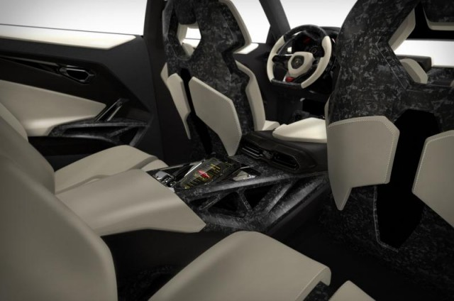 Lamborghini_Urus_SUV_08
