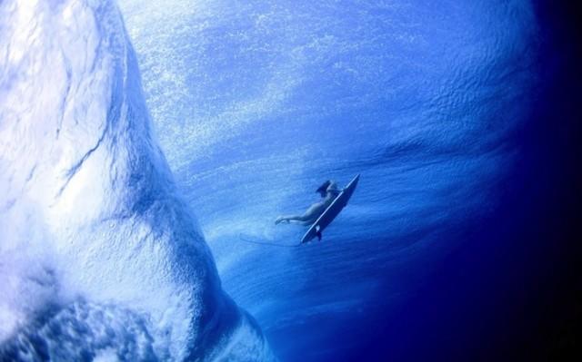 luciagriggiunderwatersurfers4