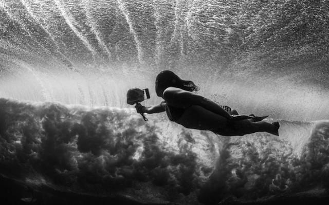 luciagriggiunderwatersurfers7
