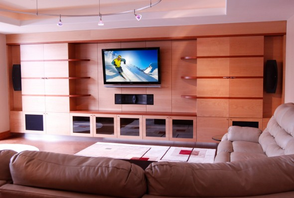 abt-custom-theater-installations-home-theater-living-room-590x397