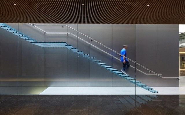 apple-store-istanbul-glass-02
